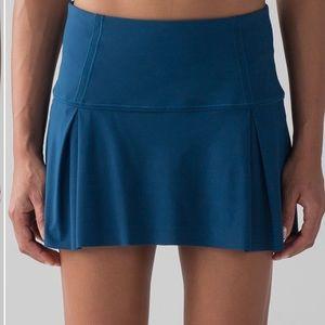 lululemon athletica Skirts - New lululemon skirt Lost inPace size 8